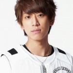 小山慶一郎は高校でエリート転校生だった?姉のはなまる出演話も公開!